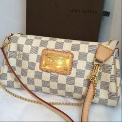 Louis Vuitton Sac pochette EVA